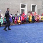 ukázka činnosti policejních psovodů, školka Příbor 17.4 (3)